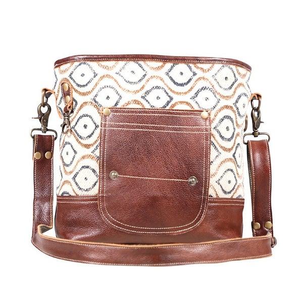 Myra Grandeur Shoulder Bag