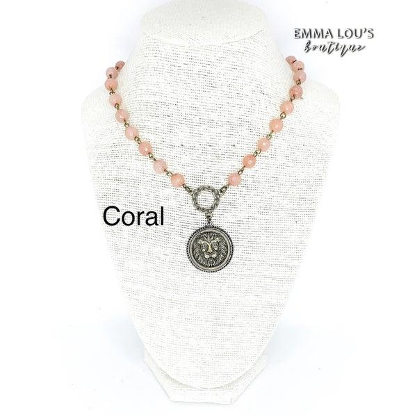Melania Clara Everly Lion Necklace