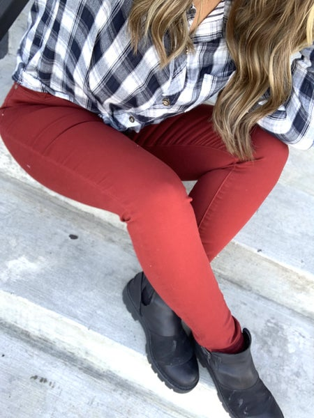 "Judy Blue High Waisted Colored Skinny Jeans The ""Holly/Berry"""