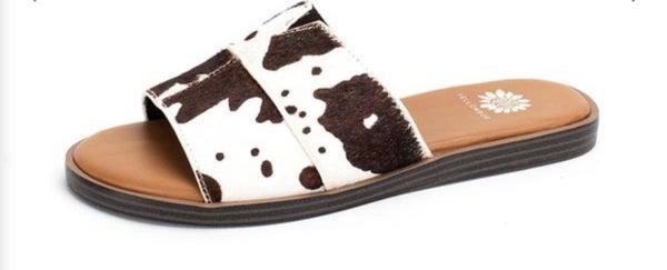 Yellowbox Bellenos Slide Sandals