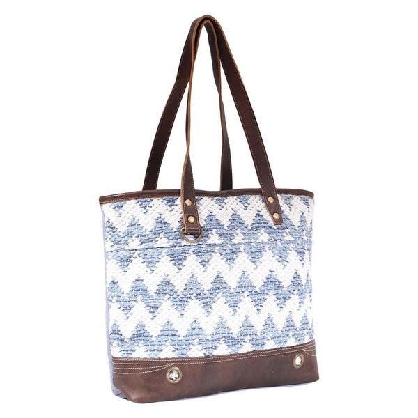 Myra Californian Vibe Tote Bag