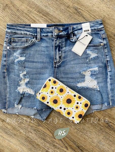 MA059 Judy Blue Lace Patch Shorts