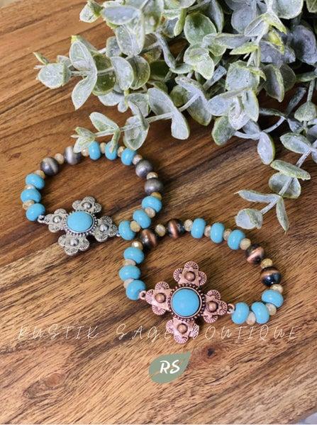 M89 Turquoise Pendant Beaded Bracelet