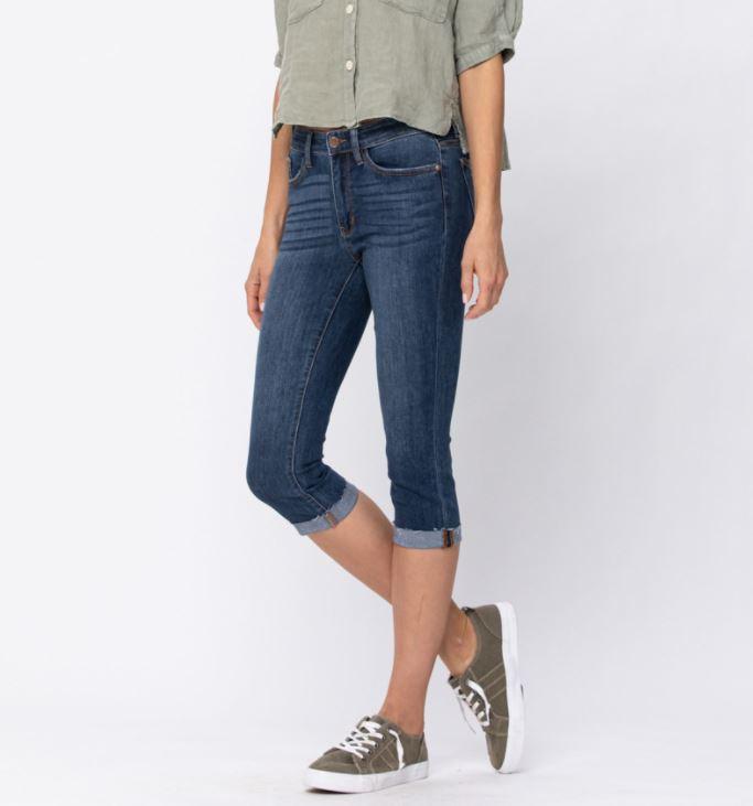 M53 *PRE-ORDER* Judy Blue Cuffed Capri Jeans