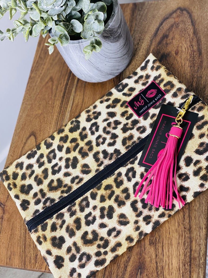 11054 Makeup Junkie Medium Bags