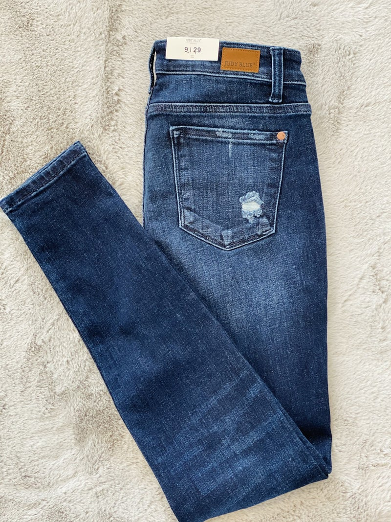 F51 Judy Blue The Justie Skinny Jeans