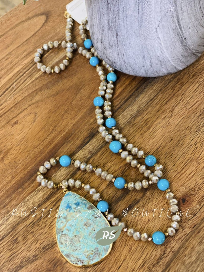 M82 Ashlyn Rose Turquoise Necklace