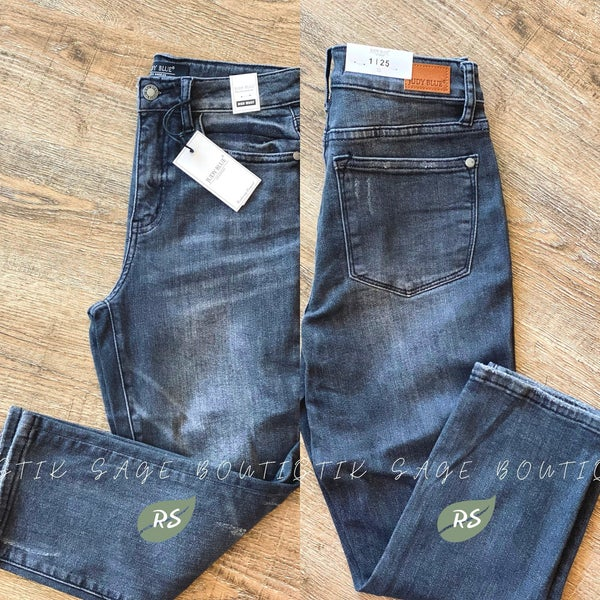 J36 Judy Blue Hand Sand Charcoal Capri Jeans