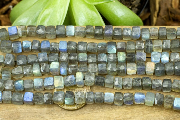 Labradorite Faceted Cube, ~5.5mm