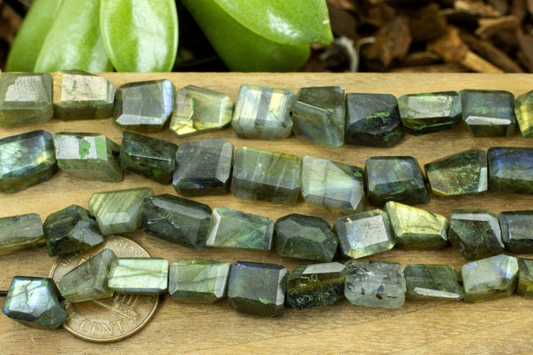 Indian-Cut Labradorite Faceted Nugget, ~8x10mm