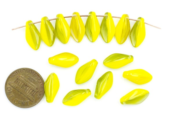 Vintage Czech Glass Brio, Yellow Mix, 14x7mm