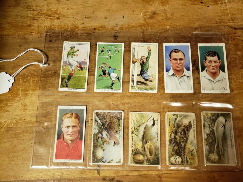 1900s Set of early tobacco trading cards