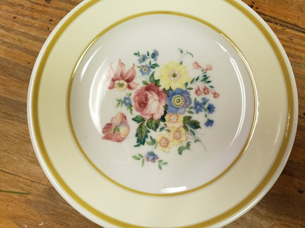 Set of 2 Syracuse flower dishes