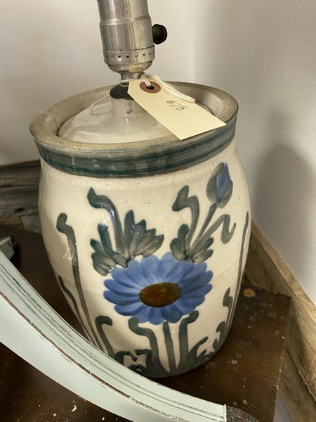 Blue crock lamp