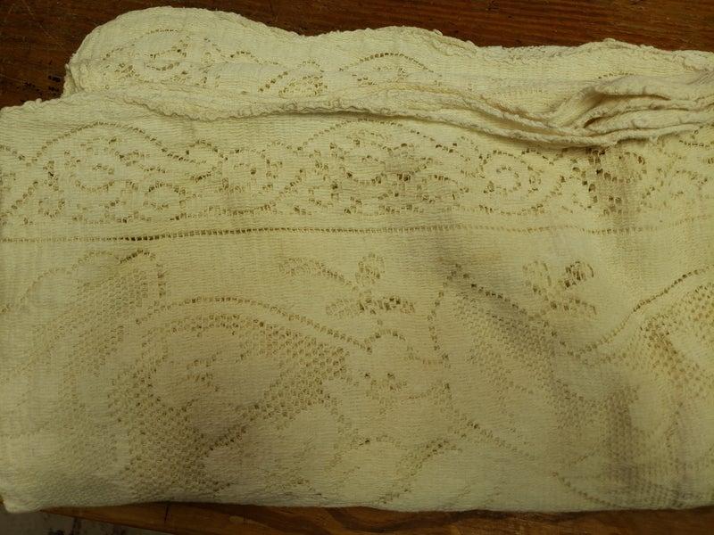Vintage Lace Table cloth