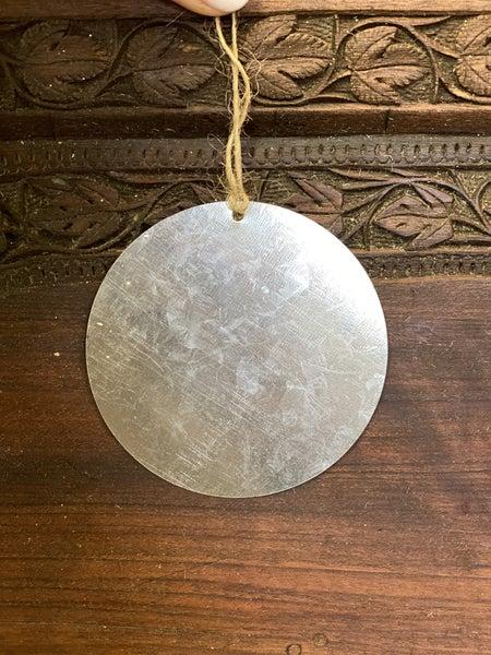 Metal medallion craft tag