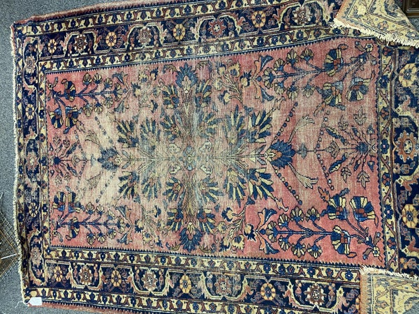 VINTAGE RUG - PERFECTLY WORN