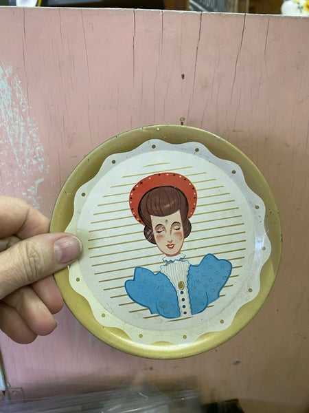lady plate