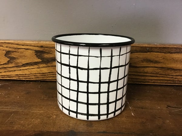Freehand Black & White Plaid Container