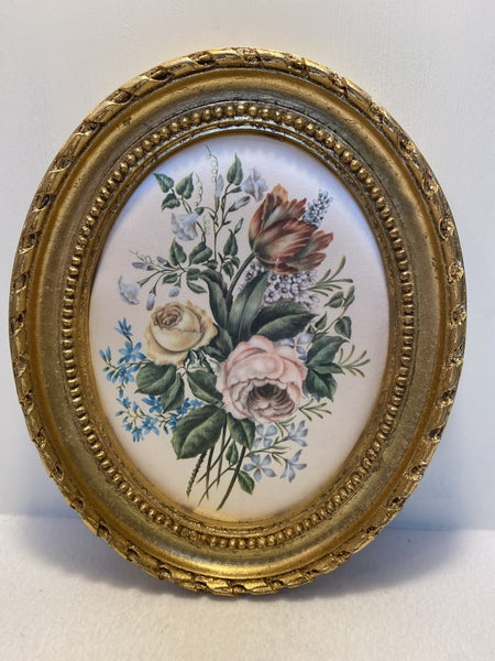 11x9 Handmade German Goldleaf oval  picture frame, with Flowers on silk material