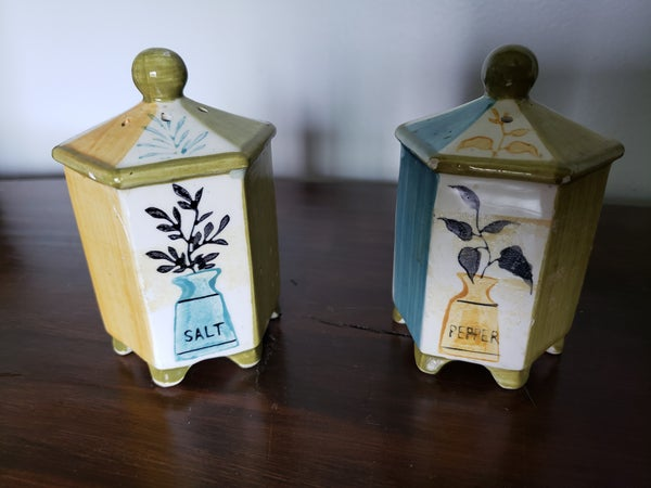 Vintage Salt and Pepper Set