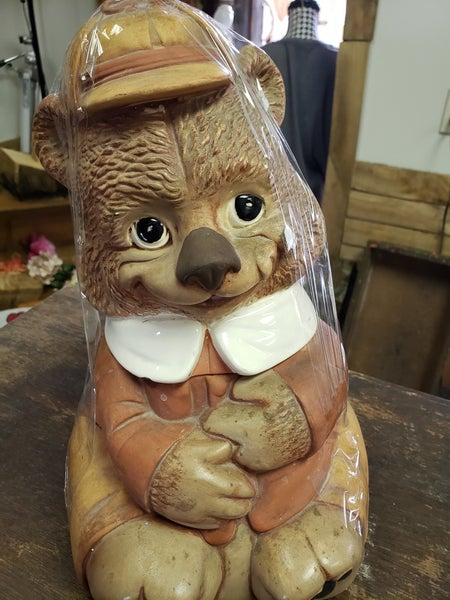Vintage bear cookie jar