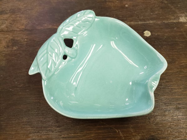 Hoenig  of CA Turquoise apple dish