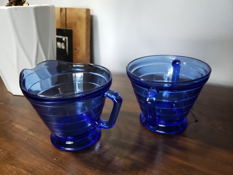 Blue sugar and creamer set-no lid