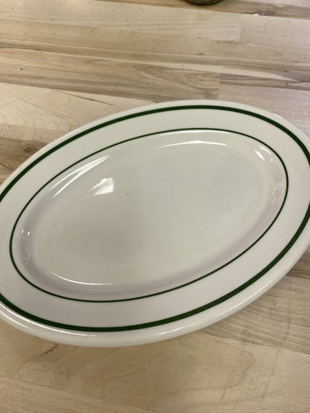 Restaurant ware platter with green trim