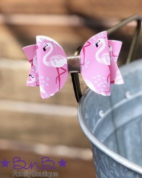 "3"" Flamingo Bow *Final Sale*"