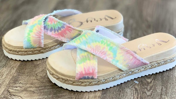 Very G Pastel Laney Sandal For Women