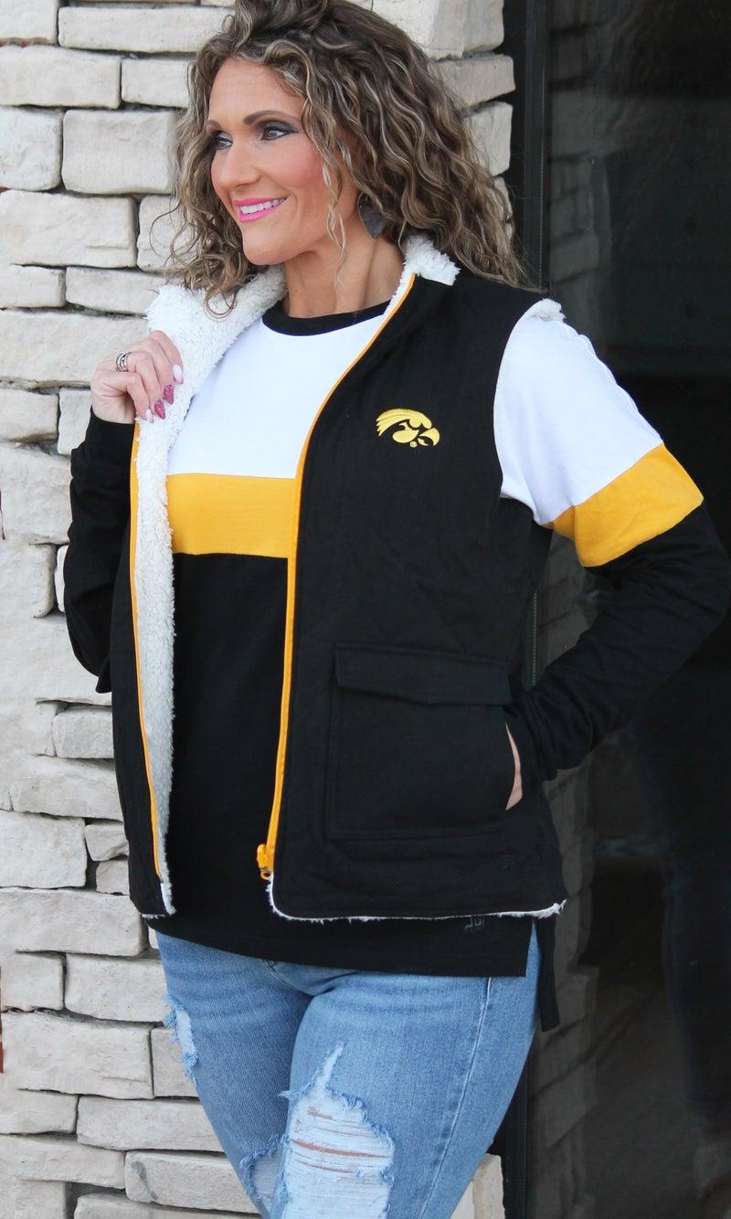 Iowa Reversible Vest For Women