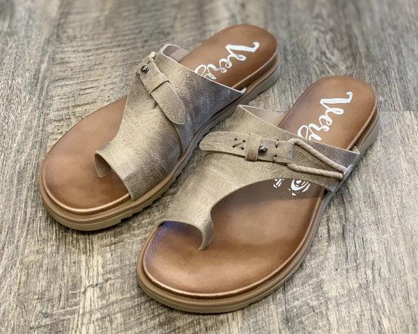 Very G Carina Cream Sandals For Women