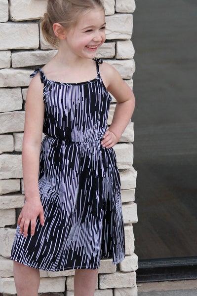 Girls Simplicity Dress