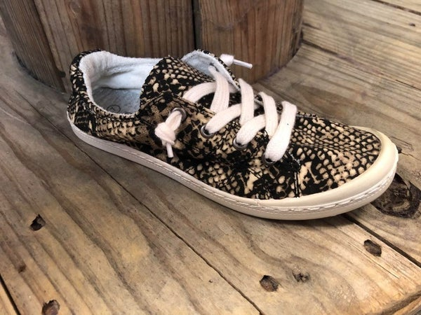 Snake Comfy Sneakers
