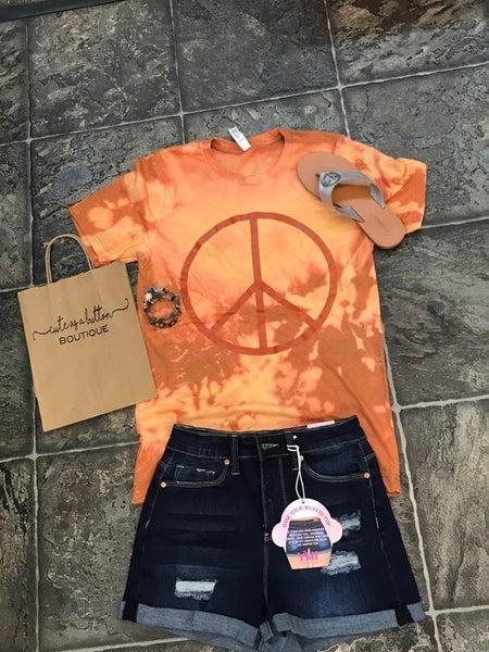 Peace graphic tee
