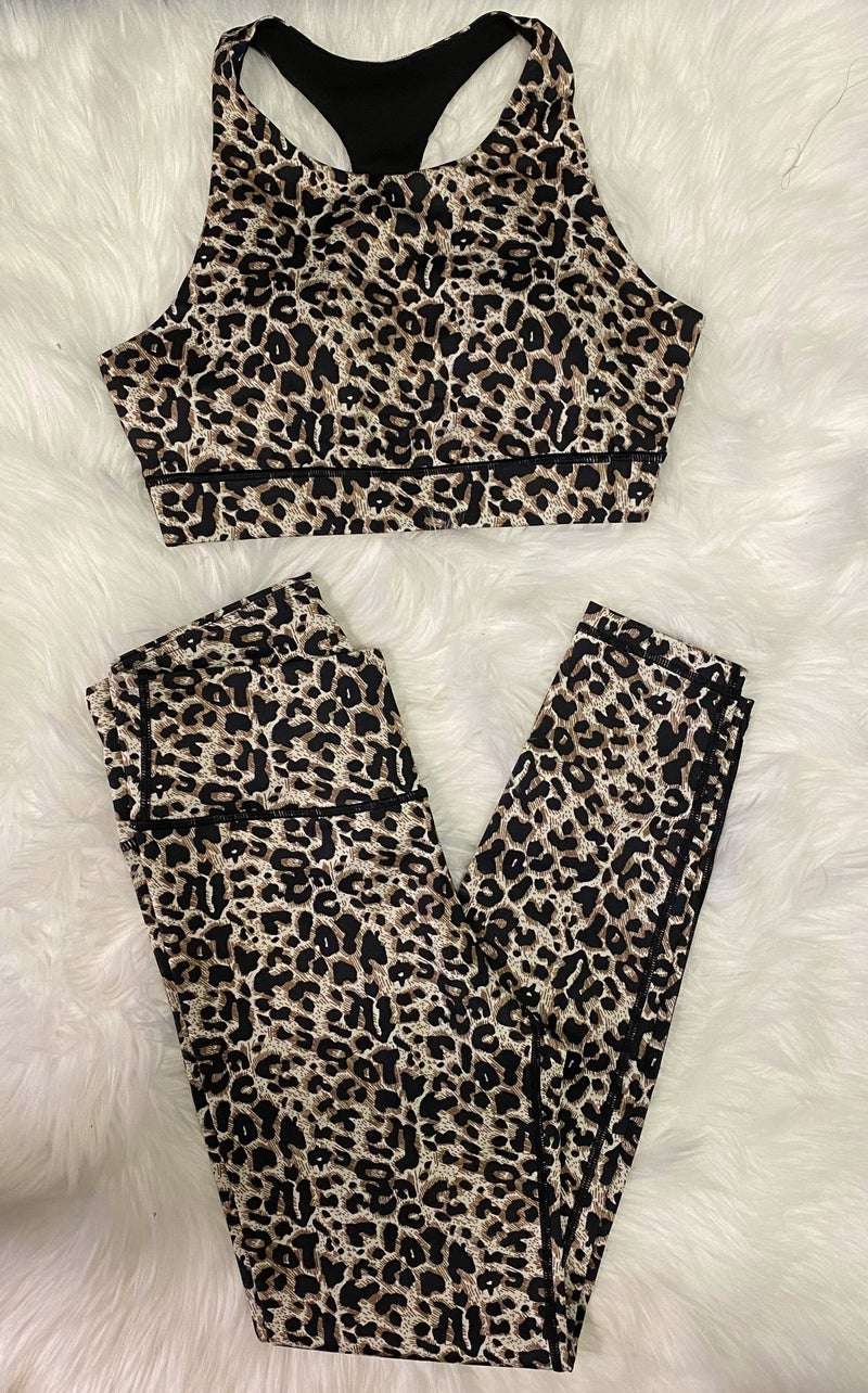 Leopard active *leggings only*