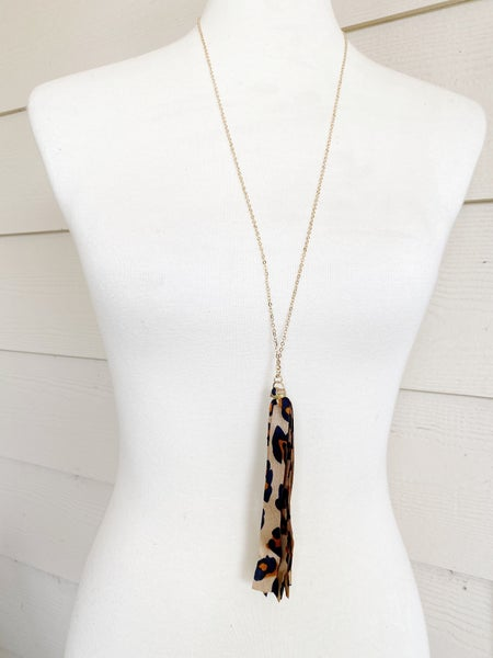 The Riviera Ribbon Necklace - Rust