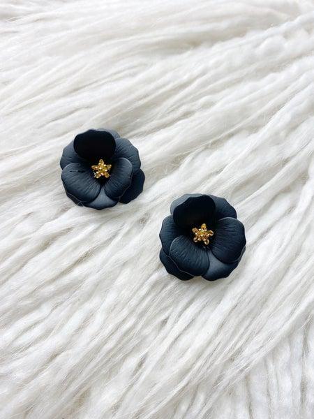 Hanalei Flower Stud - Black