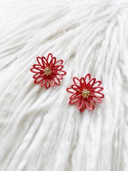 Lahaina Flower Studs - Ginger