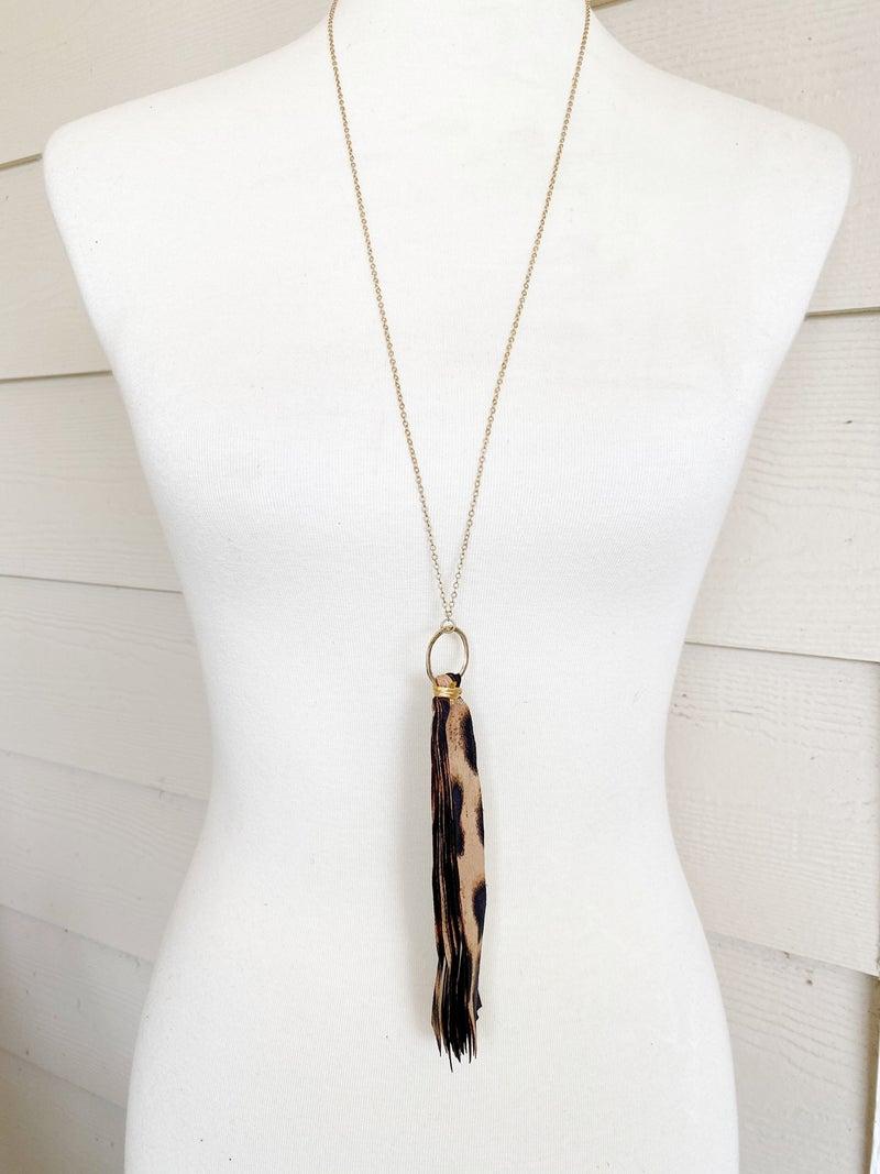The Riviera Ribbon Necklace - Tan