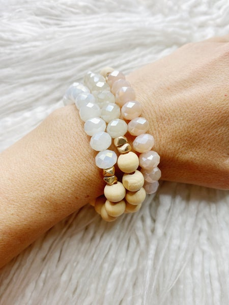 Estelline Wood + Iridescent Bead Stretch Stack - Pink