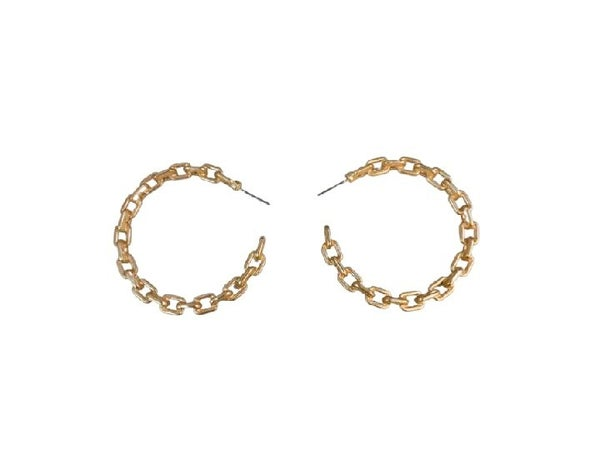Chain Link Hoops in Gold