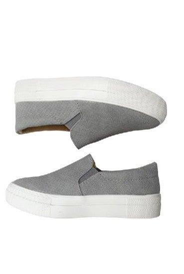 Stay Casual Sneakers in Gray