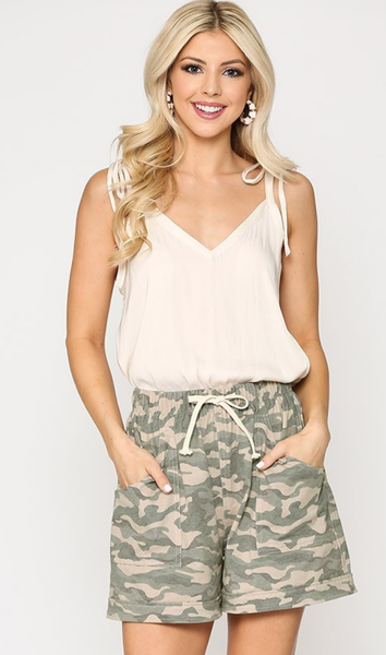 Never Fatigued Shorts in Camo