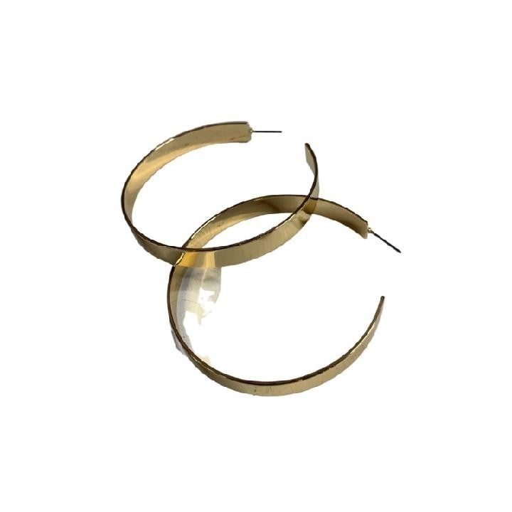 Shiny Hoop in Gold