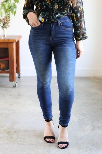 Vanessa High Rise Skinny Jean