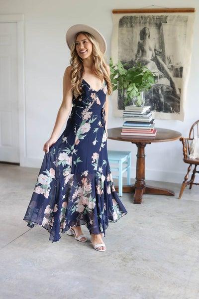 Floral Flared Hem Maxi Dress