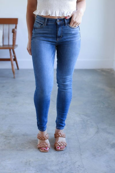 Nadine Mid Rise Skinny Jean
