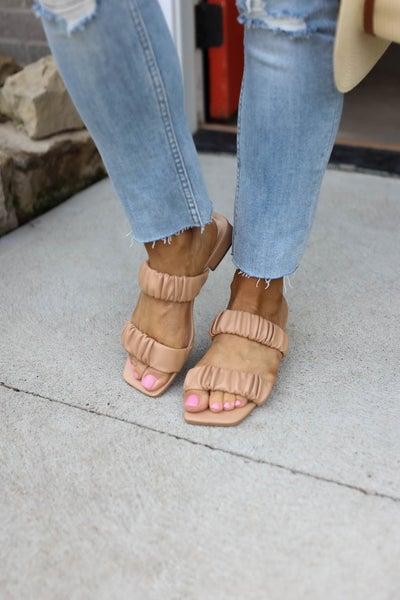 Follow Scrunch Band Sandals
